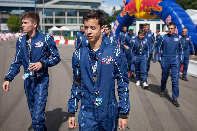 Red Bull Kart Fight by Tomek Gola - Gola.PRO