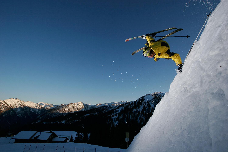 ExtremExtreme Skiing - Sports Photography by Tomek Gola - Gola.PROe Skiing - Sports Photography by Tomek Gola - Gola.PRO